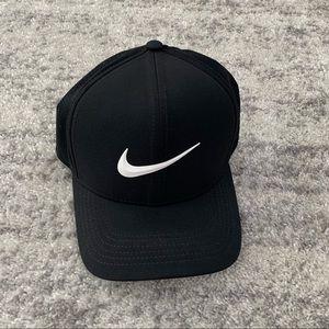 NWOT Nike Hat - S/M Unisex